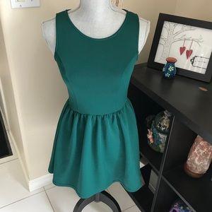 2/$25 💐 Divided by H&M sleeveless skater dress